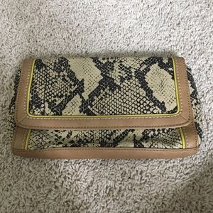 New with tags Ann Taylor Loft clutch.